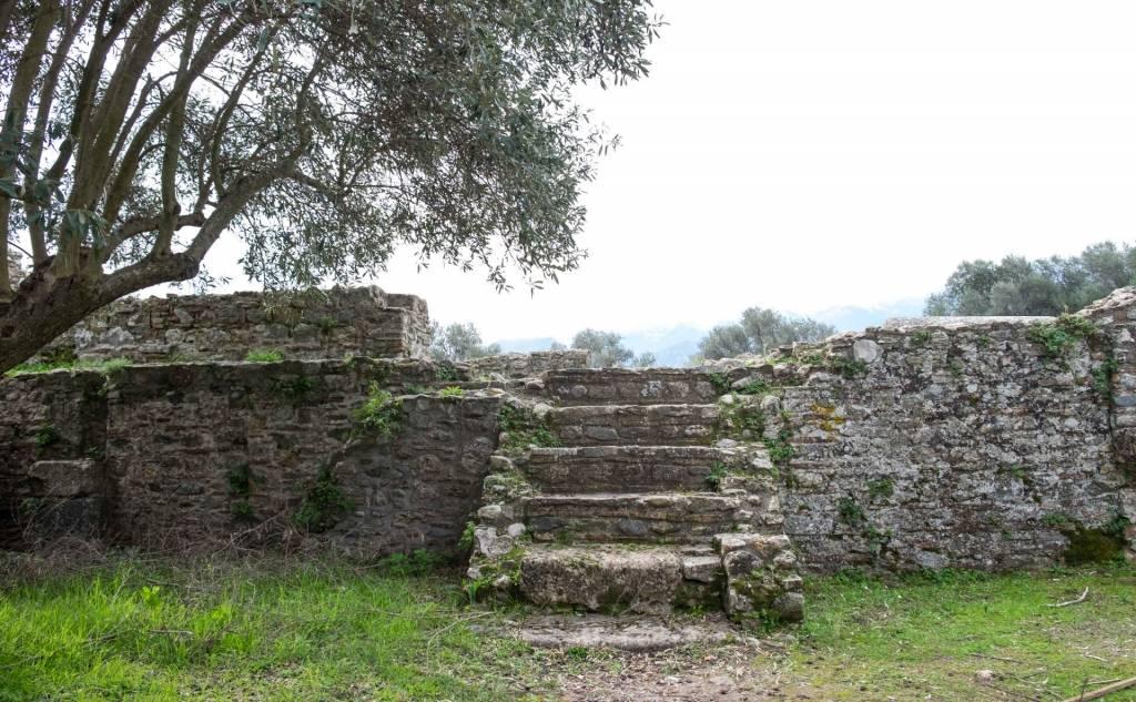 Ακρόπολη Σπάρτης -Βασιλική του «Οσίου Νίκωνος»