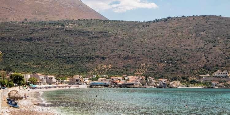 Παραλία Νέο Οίτυλο - Τσίπα