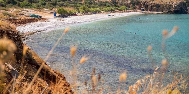 Παραλία Χαλικιά - Διρός