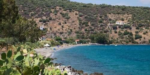 Παραλία Καμάρες